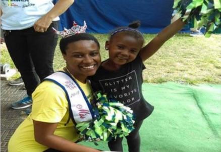 Miss Black Washington USA Visits Rainier Beach Corner Greeter!